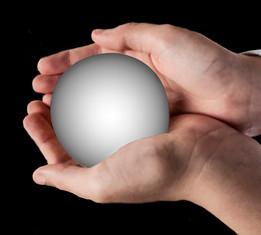 Glow in the hands - אור בידיים