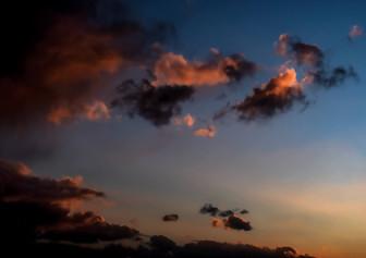 Sunset clouds - ענני שקיעה