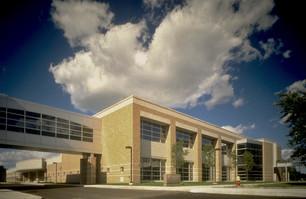 UNIVERSITY OF DETRIOT MERCY DENTAL SCHOOL