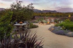 Santa Paula Garden