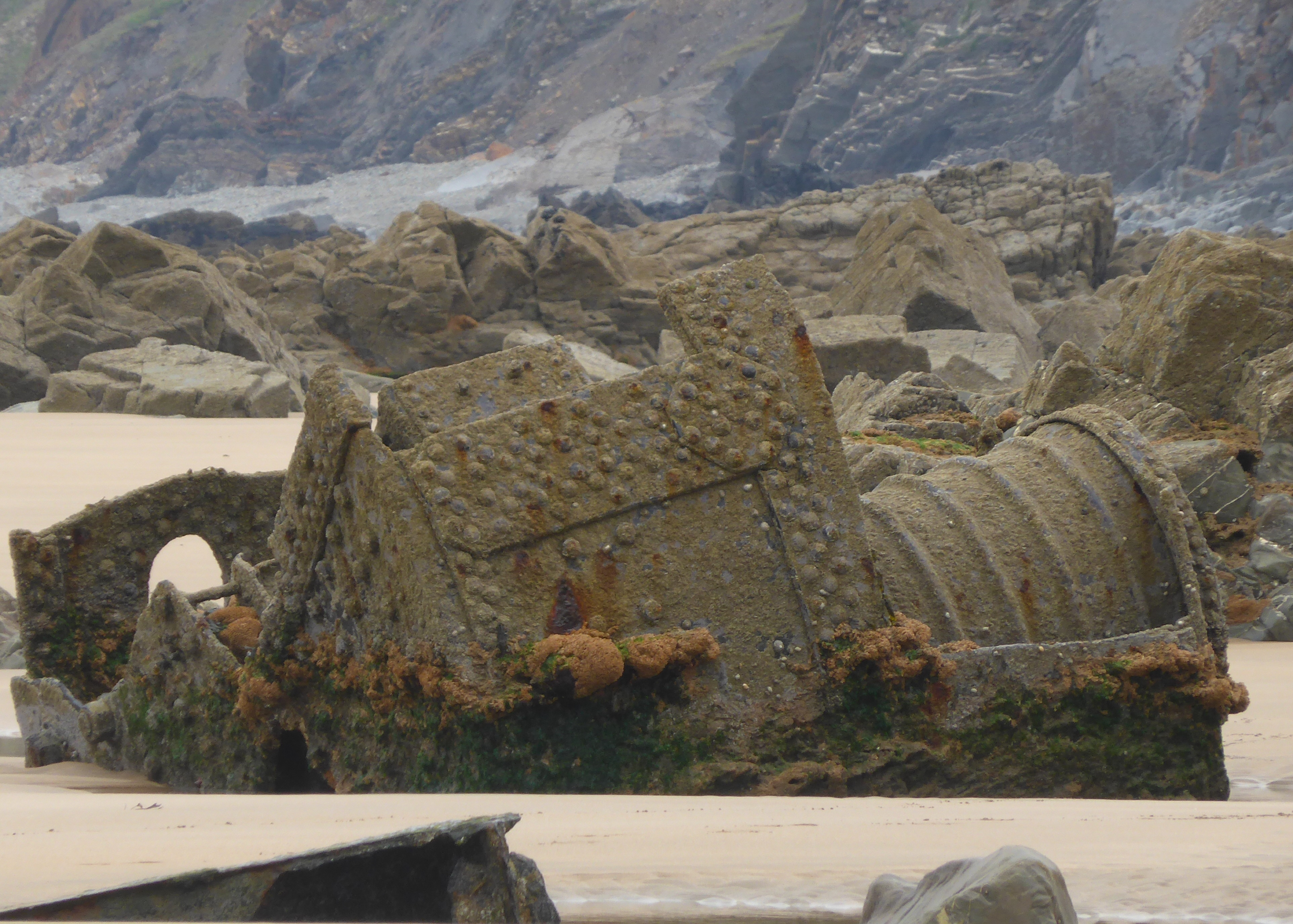 Shipwreck towards Northcott Mouth
