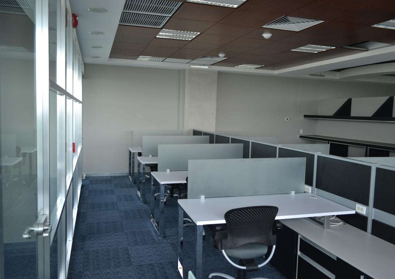 Diseño de interiores de oficinas. Ambar Consultores Arquitectos