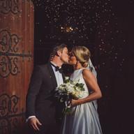 Wedding photo couple kissing | Bröllopsfoto par kyss