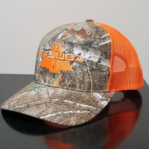 REALTREE TRUCKERS CAP WITH ORANGE BACK