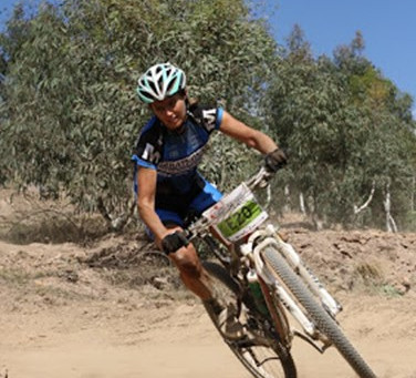 Nienke Oostra | Vet | Runner, Cyclist, XTerra Athlete, Adventurer