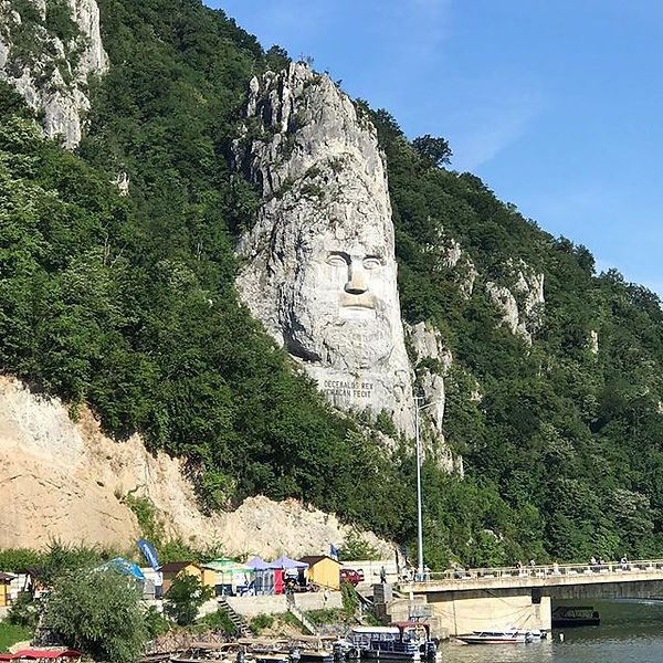 The Amazing sights along the Danube in R