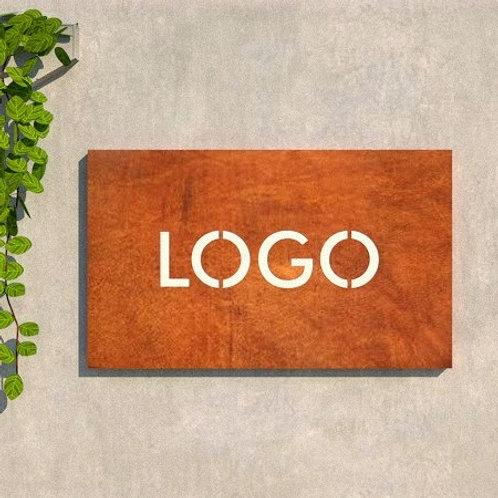Logo Retangular em Aço Corten