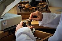 La gravure main - Décoration horlogère