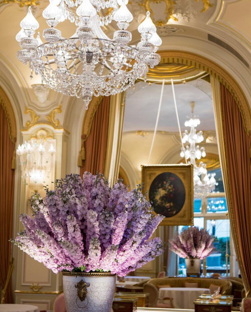 Anne-Vitchen-Createur-Floral-Dame-Des-Fleurs-Du-Ritz-Paris