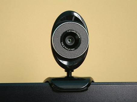Зрительный контакт с веб-камерой