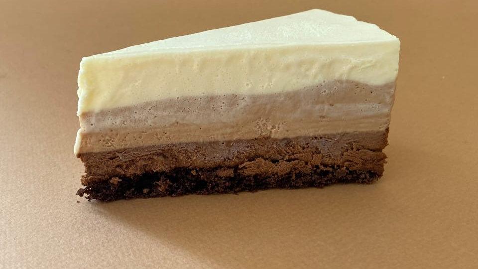 """Торт """"Три шоколада"""" (1,5 кг)"""