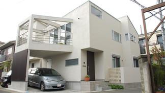 茅ヶ崎の白い家*