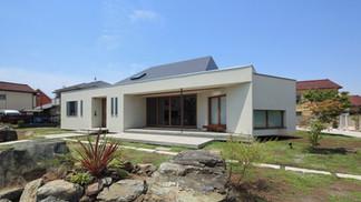 大屋根の家*