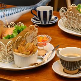 干物の魅力が再発見できるカフェ  ひものcafé  -酒本水産直売所-