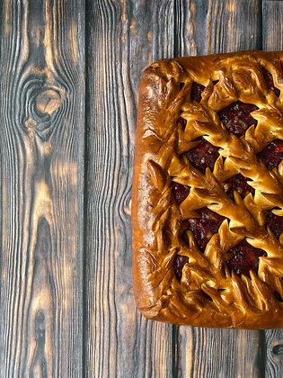 Пирог черная смородина с яблоком 1/1,5 кг