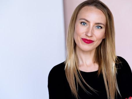 Podcast Episode: Vom Drehbuch bis auf die Leinwand - Sophie Seifried
