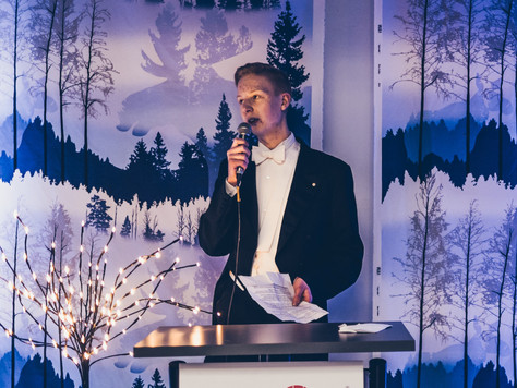 Tampereen Arkkitehtikilta RY:n Puheenjohtajan kevään päättävät kiltakuulumiset jäsenille ja pääsykoe