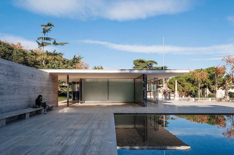 Barcelona-Pavilion-Mies.jpg