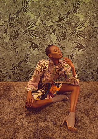 Britta Tess Norbert Kniat Gina black girl