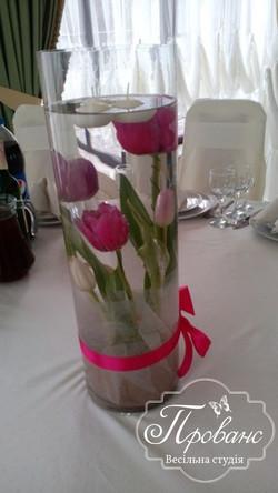 ваза на столи