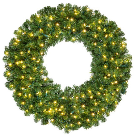 Olympia Pine Lighted Wreath