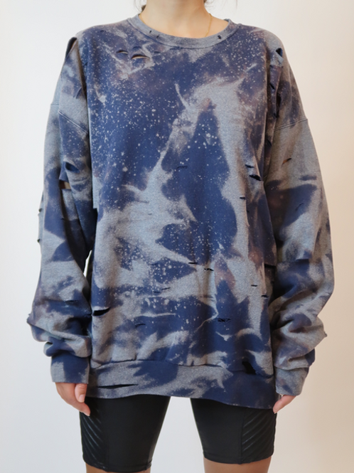 BLEACHED DISTRESSED CREW NECK