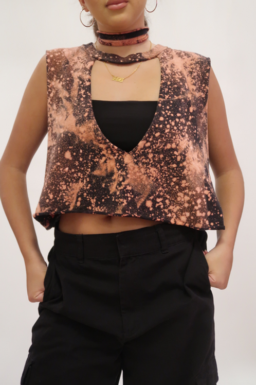 CROPPED BLEACHED TANK