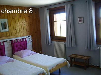 chambre 8 a .JPG