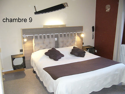 chambre 9 a .JPG
