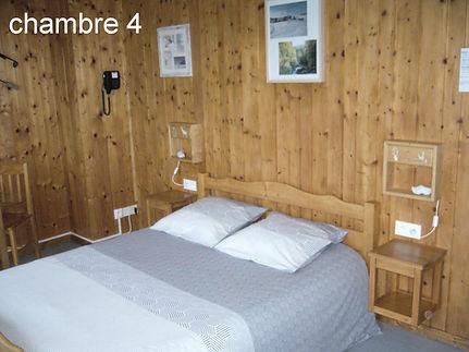 chambre 4 b .JPG