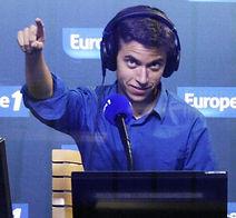 Simon en studio copie.jpg