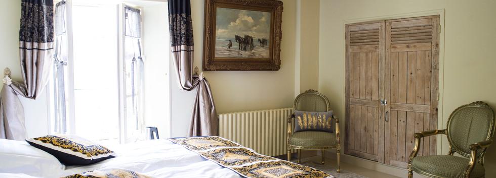 Bedroom Voila 3.jpg