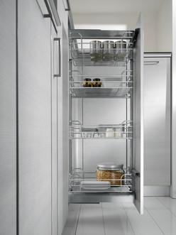 Dynamic Mid Height Pantry