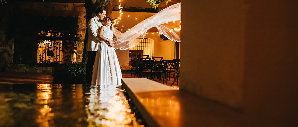 Video + Photo | 4 horas de cobertura (Boda Intima)