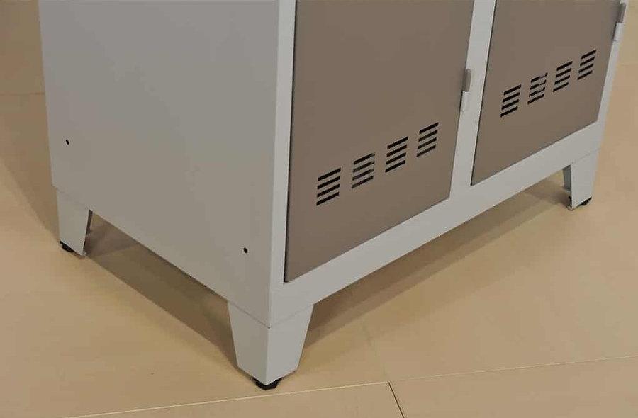 Kit 4 pieds pour vestiaires