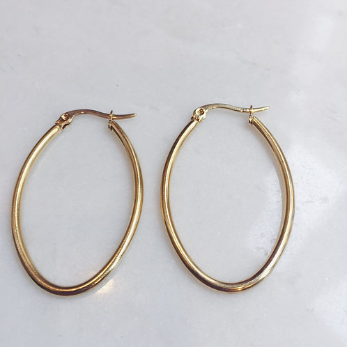 CAN'T TOUCH THESE OVAL HOOP EARRINGS