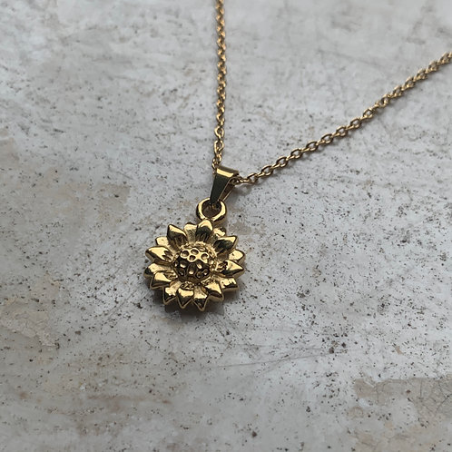 LOUISE NECKLACE
