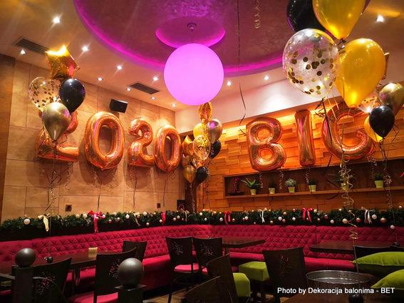 novogodisnja dekoracija balonima  (3).jp