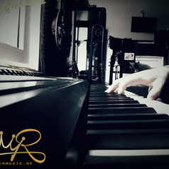 PianoKronermusic.jpeg