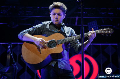 NIALL HORAN performs onstage during 101.3 KDWB's Jingle Ball 2017 Presented by Capital One at Xcel Energy Center on December 4, 2017 in St. Paul, MN.