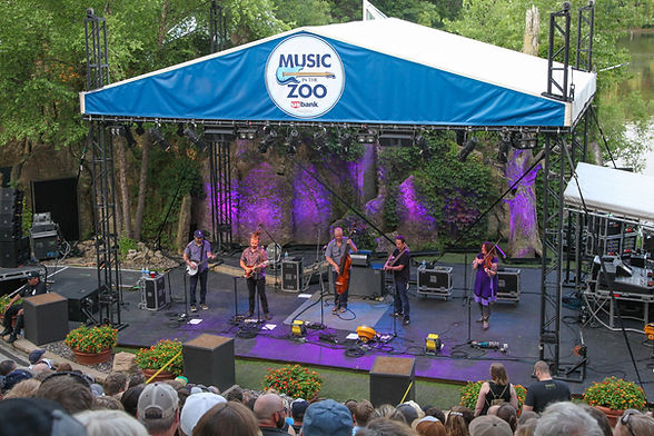 Yonder Mountain String Band performs at Music in the Zoo