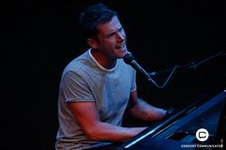 Jon McLaughlin @ Dakota