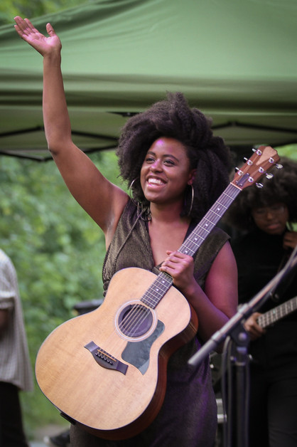 Opening for Chaka Khan performs at Music in the Zoo