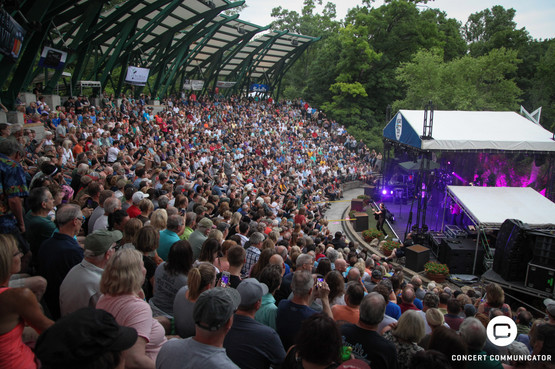 George Thorogood and the Destroyers Music in the Zoo performance 06/24/2018