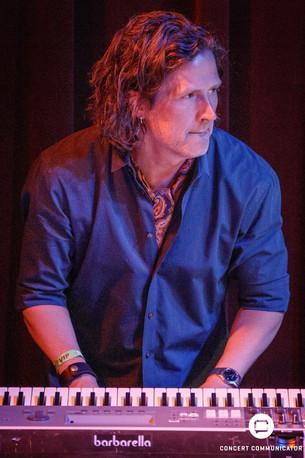 Tommy Barbarella