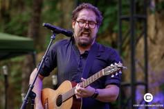 Tucker Sterling Jensen opens for Pat Benatar & Neil Giraldo at Music in the Zoo 6/13/2018