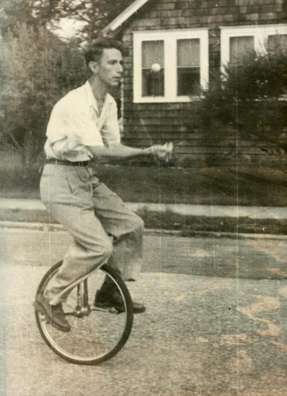 Claude Shannon was famous for riding the unicycle around the halls of Bell labs at night, juggling.