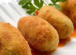 Croquetas de pollo  (Kroketten m. Hühnchen) 4 Stück