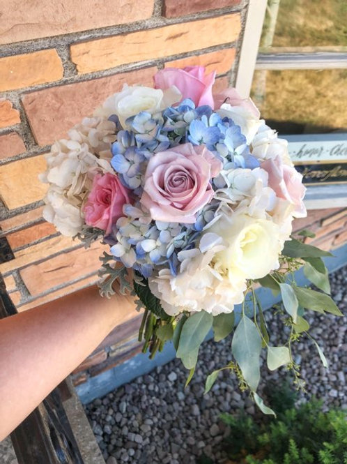 Hydrangea & Roses Bouquet