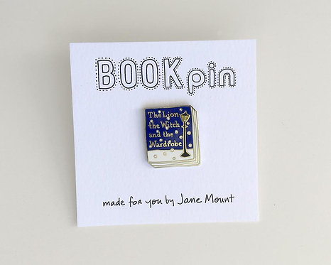 Book Pin: The Lion, the Witch, and the Wardrobe